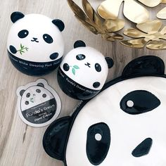 The gang 🐼🙌🏻😎 #tonymolypanda #pandasdream @tonymoly.us_official #blueberryplacepl