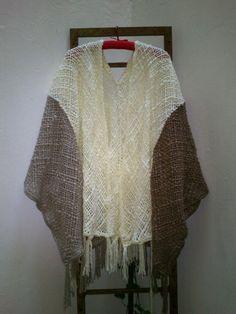 Ruana Saco Tejido En Telar Y Crochet Lana Merino - $ 890,00 en MercadoLibre