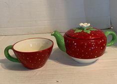 Ceramic Clay, Ceramic Pottery, Pottery Art, Diy Clay, Clay Crafts, Clay Art Projects, Cool Mugs, Clay Creations, Tea Set