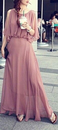dusty rose bohemian style maxi rose, can go from day to evening.