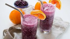Wild Blueberry Immune-Boosting Tropical Smoothie Recipe by Kara Lydon, RD, LDN, RYT of The Foodie Dietitian Tropical Smoothie Recipes, Detox Smoothie Recipes, Smoothie Packs, Smoothies For Kids, Healthy Smoothies, Healthy Drinks, Healthy Foods, Healthy Eating, Flat Belly Smoothie