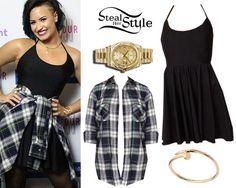Demi Lovato at the Demi World Tour Saskatoon Meet & Greet, October 7th, 2014 – photo: lovatopictures