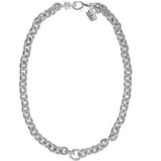 Add this gorgeous diamond necklace to your wardrobe! Diamond Necklaces, Diamond Pendant, Diamond Jewelry, Necklace Online, Pendants, Jewels, Bracelets, Beautiful, Diamond Jewellery
