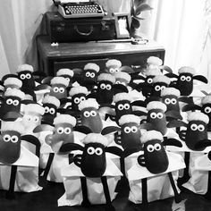 The baa-baa-best way to celebrate #ShaunTheSheep coming to theaters this summer is to throw a party! Check out these Shaun party favors.