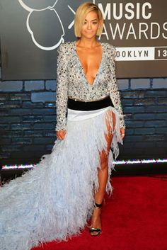 The Best Looks from the 2013 MTV Video Music Awards: Rita Ora in Alexandre Vauthier Mtv Video Music Award, Music Awards, Rita Ore, Celebrity Outfits, Celebrity Style, Cinderella Gowns, Trend News, Alexandre Vauthier, Celebs