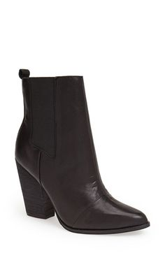 Adorable ankle boot to wear now and wear later.
