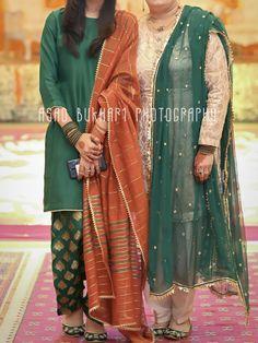 Pakistani Dresses Party, Simple Pakistani Dresses, Shadi Dresses, Pakistani Fashion Casual, Pakistani Wedding Outfits, Pakistani Dress Design, Indian Dresses, Indian Fashion, Simple Gown Design
