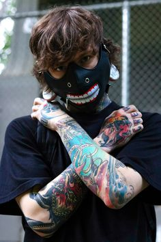 Kameki is that you? This is wearing our Opalite plugs! What is your favorite anime? Hand Tattoos, Tatoos, Piercings For Girls, Masks Art, Best Friend Quotes, Body Modifications, Body Mods, Tattoos For Guys, Alexander Mcqueen Scarf