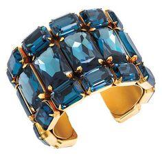 Gold und Dunkelblau - eine unschlagbare Kombi! Dunkelblau (Farbpassnummer 11) Kerstin Tomancok Farb-, Typ-, Stil & Imageberatung