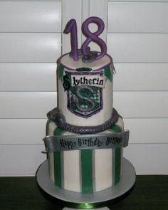 slytherin cake   y7wqujhx4nfkomsh9zah.jpg