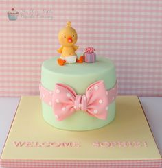 A place for people who love cake decorating. Gorgeous Cakes, Pretty Cakes, Cute Cakes, Fondant Cakes, Cupcake Cakes, Rodjendanske Torte, Duck Cake, Occasion Cakes, Fancy Cakes
