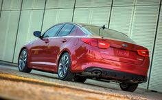 The 2014 Kia Optima facelift has made its public debut this week at New York Auto Show. Ultimate Garage, Widescreen Wallpaper, Wallpapers, Kia Optima, Car Pictures, Photos, Cars And Motorcycles, Used Cars, New York