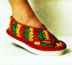 Beach Sandal crochet pattern from Cottons You'll Love, originally published by Coats & Clark's O., Book No. Crochet Sandals, Crochet Slippers, Soft Slippers, Vintage Patterns, Sewing Patterns, Crochet Patterns, Free Crochet, Knit Crochet, Crochet Hats