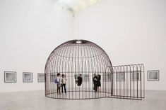Rotating Mirror in Human Birdcage Alters Perception of Space - My Modern Metropolis