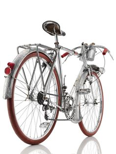 Old bros: a long-distance bike from 1950