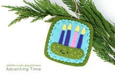 Wild Olive's Craft a Song of Christmas: Adventing Time Felt Ornament
