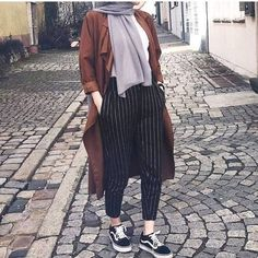 Herbst Hijab Fashion Looks Just Trendy Girls Modern Hijab Fashion, Street Hijab Fashion, Muslim Fashion, Modest Fashion, Fashion Outfits, Fashion Fashion, Trendy Fashion, Fashion Muslimah, Fashion Quotes