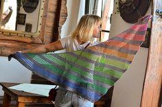 knitted Playground Shawl - really beautiful + pattern   ----  gestricktes Tuch wie ein Regenbogen  -  sehr schön mit Anleitung (auf Englisch)