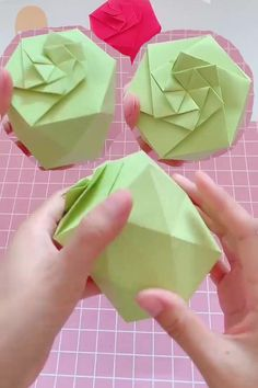diy paper 10 Easy And Awesome Paper Craft Ideas - DIY Tutorials Videos Diy Origami, Paper Crafts Origami, Useful Origami, Paper Crafts For Kids, Origami Ideas, Diy Crafts Hacks, Diy Home Crafts, Diy Arts And Crafts, Clay Crafts