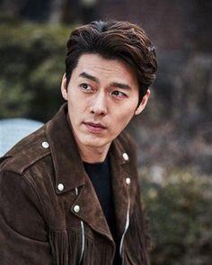 """[Interview] Hyun Bin, """"It's a war field in front of the camera"""" @ HanCinema :: The Korean Movie and Drama Database Hyun Bin, Korean Star, Korean Men, Asian Men, Asian Actors, Korean Actors, Korean Dramas, Park Shin Hye, Gong Yoo"""