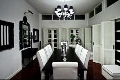 Black and White Dining Room - Contemporary - dining room - Monochrome Inc Interior Design Black And White Dining Room, White Dining Room Chairs, Elegant Dining Room, White Rooms, Dining Rooms, Dining Table, Black White, Black Table, White Chairs