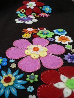 embroidered felt | Flickr: Intercambio de fotos