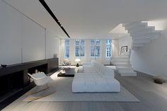 Rénovation d'une maison avec une décoration minimaliste - Visit the website to see all pictures http://www.amenagementdesign.com/architecture/renovation-maison-decoration-minimaliste/