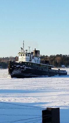 Sturgeon Bay Tug Boats January 2015