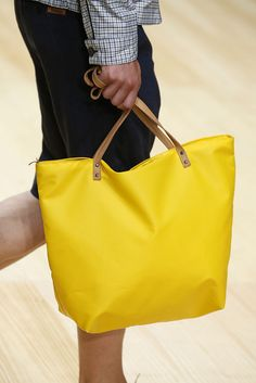 SS 2015 Avant-Garde. Fashion Show 080 Barcelona. Bag from sila studio.