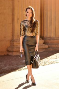 The pencil skirt perfect outfit when you want to feel elegant and put together.