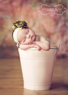 Beautiful baby photography props!