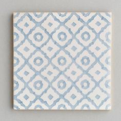 Monchique - handpainted, handmade patterned grey and white tiles. Portuguese tiles for bathrooms and kitchens from Everett and Blue Blue Kitchen Tiles, Blue Tiles, White Tiles, Patterned Kitchen Tiles, Floor Patterns, Tile Patterns, Portuguese Tiles, Turkish Tiles, Moroccan Tiles