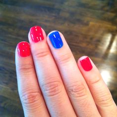 July nails id add 1 white nail Blue Nails, White Nails, Cat Eye Makeup, Beauty Hacks, Beauty Tips, Girl Face, Cute Designs, Fourth Of July, Summer Fun