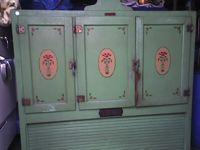 Grampa's Antique Kitchen - Antique Sinks - Antique Stoves - Antique Refrigerators - Vintage Sinks - Vintage Stoves - Vintage Refrigerators - Vintage Farm Sinks - Vintage Art Deco Sinks - Vintage Gas And Electric Stoves - Antique Farm Sinks - Antique Art Deco Sinks - Antique Gas And Electric Stoves