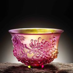 The Four Gentlemen, Crystal Bowl - The Green GentlemanThe Chrysanthemum Gentleman