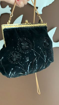 Black Velvet Tote Bag for women.Evening clutch with an old clasp.Kiss Lock Purse Handbag with Chain. Embroidery Purse, Embroidery Ideas, Beaded Bags, Black Purses, Black Velvet, Evening Bags, Purses And Handbags, Tote Bag, Black Clutch