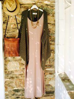 Boho Queens dress Nota's shop  Antiparos Queen Dress, Boho Fashion, Queens, Bohemian, Shopping, Clothes, Dresses, Design, Report Cards