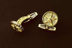 """Grand Orion - Super Nova version of the 'Orion' star cufflinks in 18kt gold and diamonds  11/16"""""""