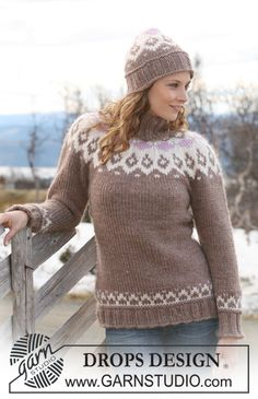 """Knitted DROPS jumper with raglan sleeves and hat in """"Eskimo """". Size S-XXXL. ~ DROPS Design"""