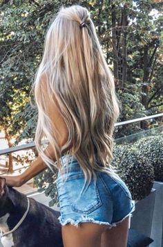 gorgeous fishtail braided hairstyles for long hair you must try in 2019 46 - Lange Haare Ideen Fishtail Braid Styles, Fishtail Braid Hairstyles, Box Braids Hairstyles, Party Hairstyles, Wedding Hairstyles, Homecoming Hairstyles, School Hairstyles, Undercut Hairstyles, Pixie Hairstyles