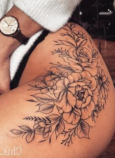 Inspiring tattoo ideas for the hip, first tattoo on the hip. tattoos diy tattoo images - Inspiring tattoo ideas for the hip first tattoo on the hip tattoos You are in the right place - Hip Thigh Tattoos, Hip Tattoos Women, Flower Thigh Tattoos, Rose Tattoo Thigh, Floral Hip Tattoo, Tattoos On Thighs, Rose Hip Tattoos, Back Of Thigh Tattoo Women, Tattoo On Back