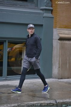 Jesse Tyler Ferguson out and about in running attire in Manhattan http://www.icelebz.com/events/jesse_tyler_ferguson_out_and_about_in_running_attire_in_manhattan/photo2.html