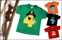 Ein liebevoll gestaltetes Geburtstagsshirt für kleine Piraten.  Wählen Sie Ihre ganz persönlichen Lieblingsfarben für Shirt und Motiv.  Ich habe ...