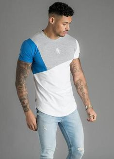 GK Cotroni Tee White Blue New mens Gym King 2019 collection Style Cotroni tee Mens t-shirt Blue , white and grey colours Cut and sew details curved hem machine wash gk logo on chest light weight summer tee Boy Fashion, Mens Fashion, Fashion Outfits, Camisa Polo, Polo T Shirts, White Hoodie, Mens Clothing Styles, Shirt Outfit, Gym Men