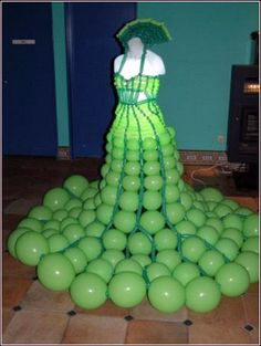 Balloon Art - Green Princess - Dress Made Of Balloons