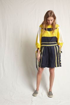 See the complete Warm Resort 2018 collection.