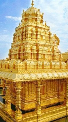 Regilla ⚜ India's Sripuram Golden Temple is the world's largest golden structure.