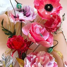 Paper flowers by Rebecca Thuss Paper Flower Art, Crepe Paper Flowers, Diy And Crafts, Arts And Crafts, Paper Engineering, Good Energy, Floral Wreath, Wreaths, Photo And Video