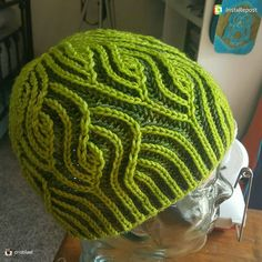 "9 Likes, 1 Comments - Christine L Teffenhart (@knit_crochet25) on Instagram: ""Reposting: Amazing brioche job by @cristilael If this doesn't make you want to try brioche,…"""