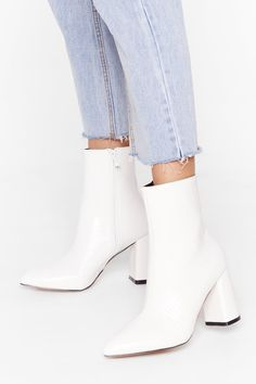 White Heel Boots, White Leather Boots, White Shoes, Heeled Boots, Boots With Heels, White Short Boots, White Heals, Cute Shoes Heels, Flat Boots